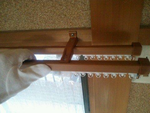 カーテン吊り替え時にカーテンレールも新調